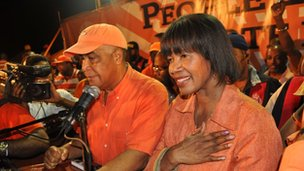 Portia Simpson Miller (R) addresses supporters of the Peoples National Party (PNP) on election night, December 29, 2011 in Kingston